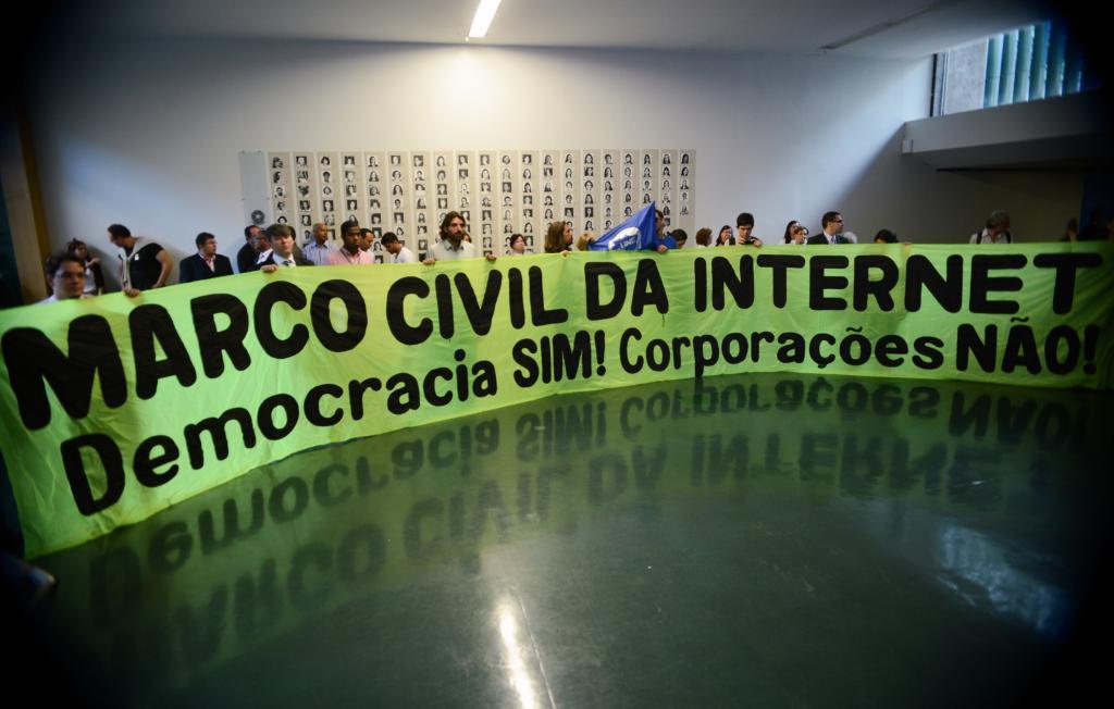 Manifestação sobre o Marco Civil da Internet
